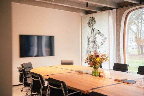 Meeting room in a coworking center in Brussels - Fosbury and Sons Boitsfort